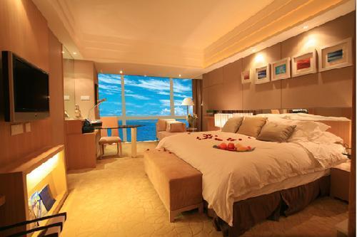 1, 诚意推荐国际连锁五星宝龙铂尔曼酒店,坐拥湖光山色,静享鹭岛美景
