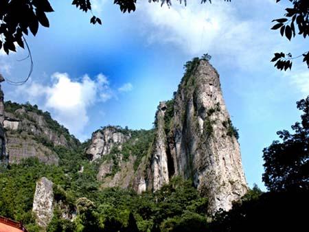 雁荡山风景区和杭州宋城景区