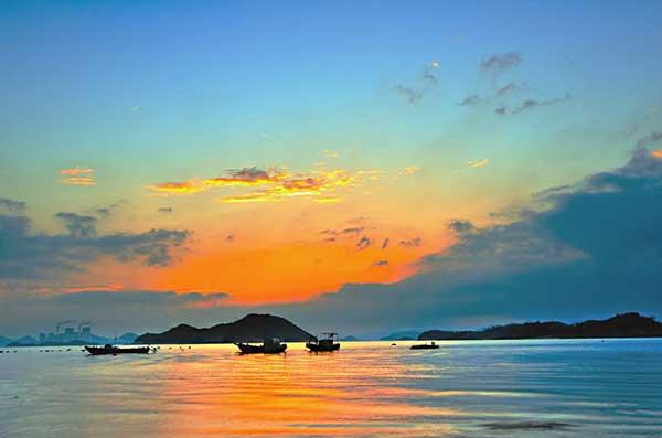 象山松兰山海滨、石浦渔港古城、南唐老街、东钱湖五星尊贵二日游