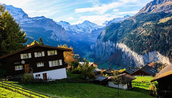 法意瑞•3晚瑞士+世遗景观列车+少女峰+THE MALL10晚12日(A380)