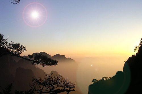魅力黄山、新安江湖滨画廊(观日出)三日游