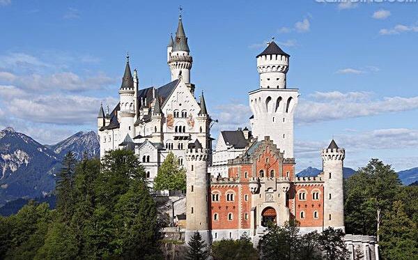 【12月】德国、捷克、波兰、匈牙利、斯洛伐克、奥地利——东欧升级波兰13日游(上海往返)