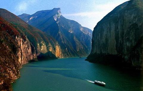 【5月】长江三峡涉外超五星豪华游轮动去飞返五日游(A级,长江二号)