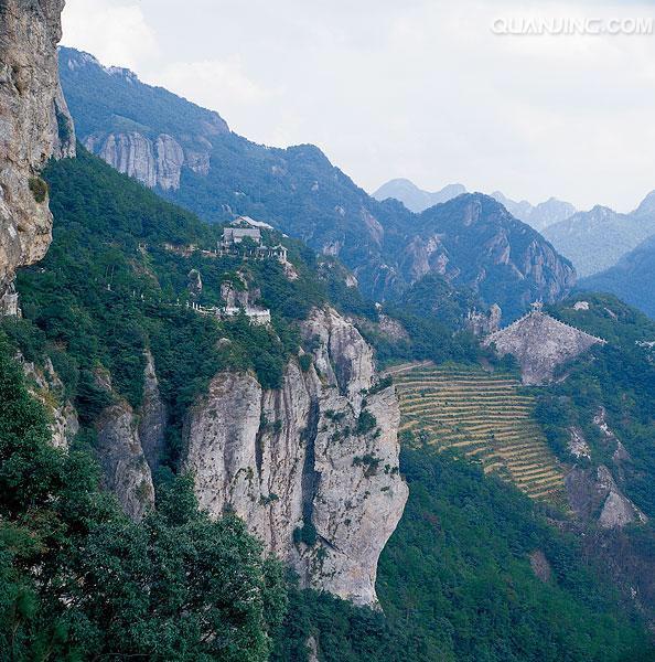 【3月】雁荡山全景 大龙湫 森林氧吧 灵岩·玻璃栈道 深度经典三日游