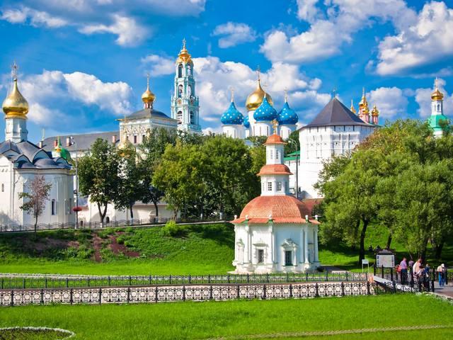 俄罗斯圣彼得堡+莫斯科+大金环尊享9天(圣进莫出)