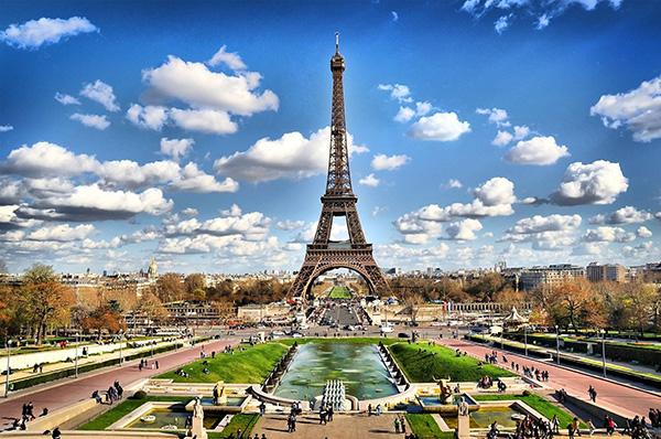 法国巴黎一地7天半自由行(报名需双数)